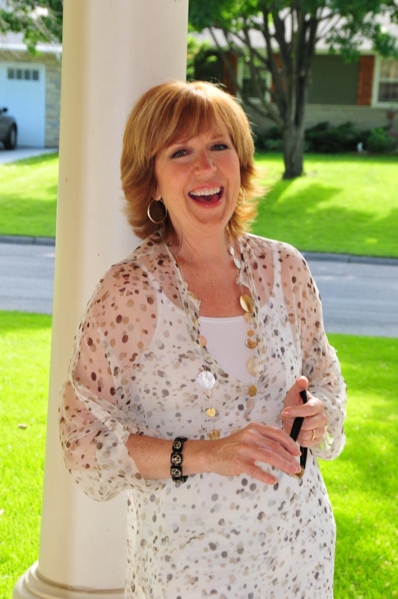 PR headshot Joan Steffend
